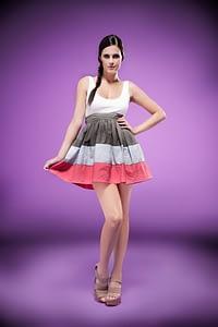 cayetana modelo vestido abanico
